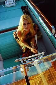 Brigitte Bardot in aquarama