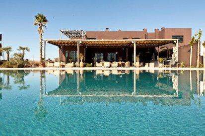 16000__870x_fellah-hotel-pool