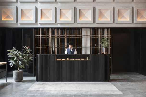 589ab8a4c4837-the-warehouse-hotel-lobby-front-desk